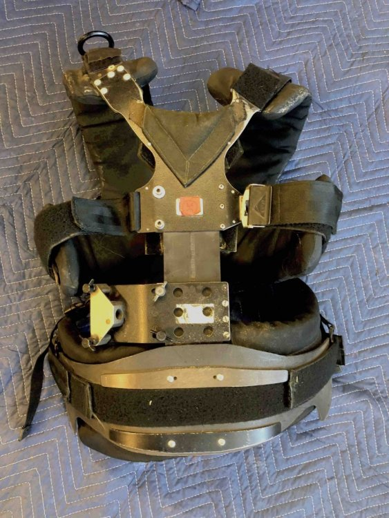 IIIA vest.jpg